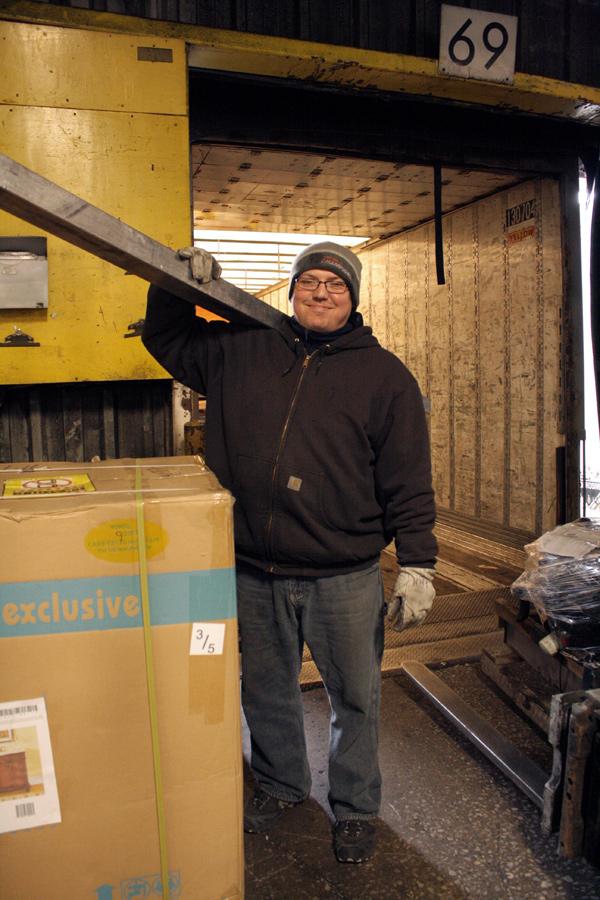 2015-04-08_yrc-dock-worker-04 – The Online Home of Teamsters