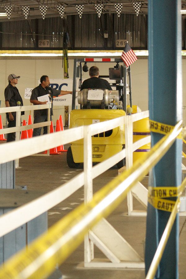 2015-09-10_yrc-forklift-rodeo-03