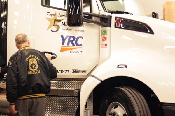 Local 710 YRC Road Driver Roy Lincoln Reaches 5-Million Accident